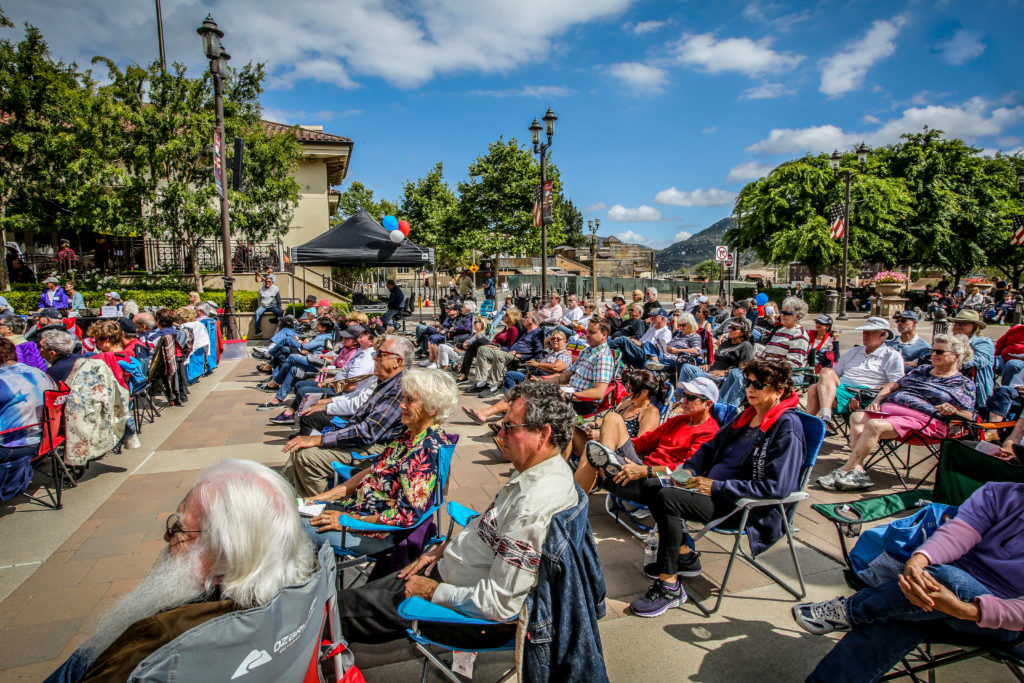 Large crowds gather to watch Temecula Valley Symphony in Old Town Temecula